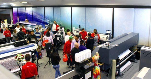 Novo showroom é inaugurado pela Mimaki em São Paulo