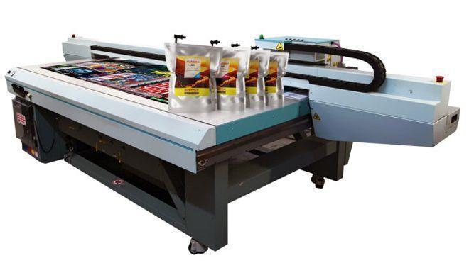 No estande da fabricante estarão tintas compatíveis com equipamentos da série Océ Arizona