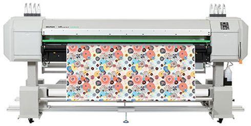 VJ-1938TX tem 1.9m de largura e imprime diretamente em tecidos