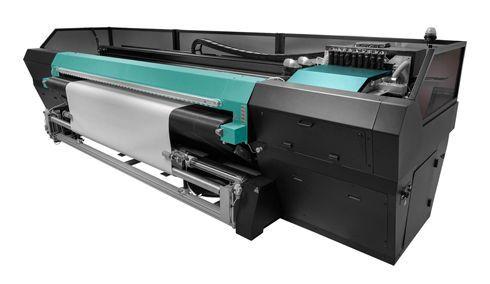 Equipamento com sistema híbrido tem 3,2m de largura de impressão