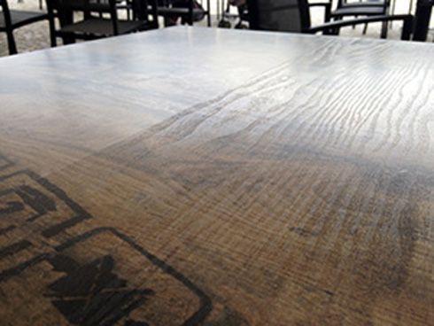 Fabricante disponibiliza 12 arquivos que simulam vários tipos de madeira