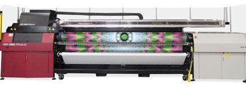Indicada para imprimir mídias em bobinas, Jeti Ceres RTR3200 tem 3,2m de largura