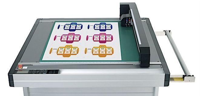 FCX2000 é composta por três modelos de plotters de recorte
