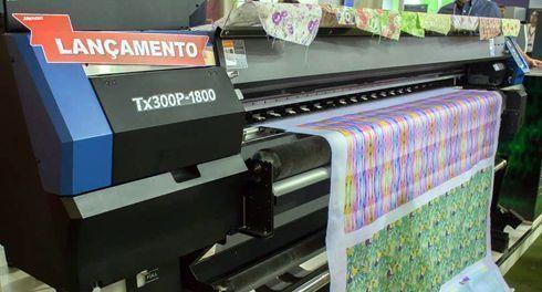 Fabricante exibiu impressoras têxteis, UV e látex
