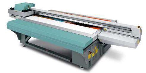 De entrada, Acuity 15 imprime em substratos rígidos e flexíveis