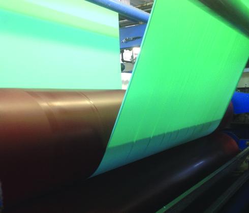 Tecido atravessa rolos de 3,5 toneladas para o controle da qualidade da química do revestimento