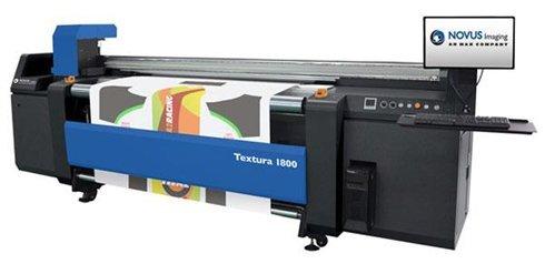 Novus Textura 1800 é a primeira aposta da fabricante no segmento de grandes formatos