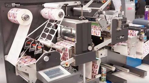 JETvarnish 3DWeb Color+ e AccurioLabel 190 são dispositivos recém-apresentados pela Konica Minolta