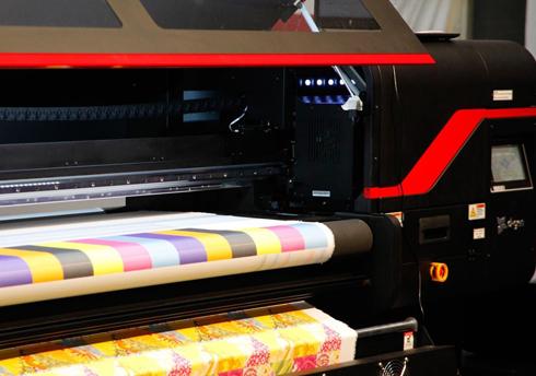 Novo modelo de impressora da linha Papyrus foi apresentado na KoSign 2017