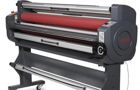 Equipamentos complementam fluxo de trabalho de impressão digital