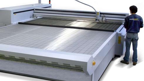 3XL-3200 corta substratos têxteis de grandes formatos