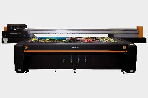PJ-2508UF apresenta área de impressão de 1,2m × 2,4m