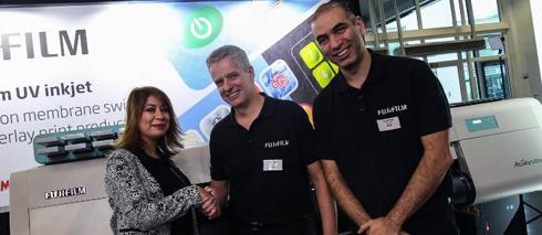 Gráfica turca foi adquiriu a milésima unidade da impressora UV LED da Fujifilm