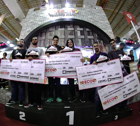 Os campeões da 1ª edição do Decor Wrapping, que teve 65 equipes inscritas