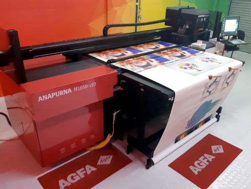 Venha conhecer e testar a impressora UV LED na distribuidora autorizada da Agfa