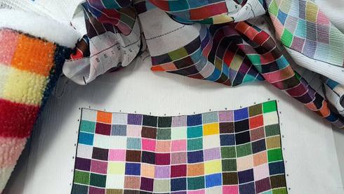 Spectro LFP qb Textile Edition é espectrofotômetro para medir cores em tecidos