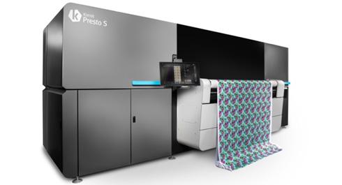 Kornit Presto imprime diretamente em diversos tipos de tecidos