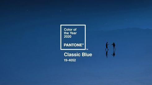 Pantone 19-4052 Classic Blue é empática e instigante, contemplativa e interativa