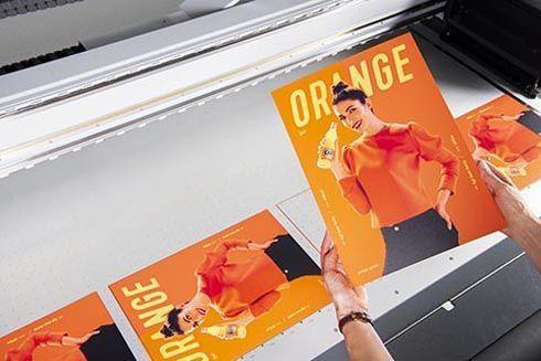 Tinta laranja expande a gama de cores reproduzíveis das impressoras UV
