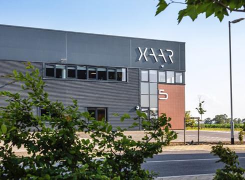 Novas instalações abrigam departamentos financeiro, jurídico, de RH e marketing