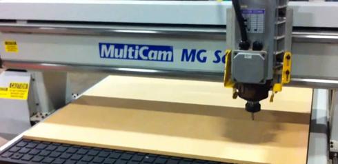 MultiCam fabrica routers e equipamentos de corte e acabamento