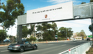 Campanha da Porsche lança mão de sinalização digital