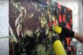 Como adesivar paredes e muros texturizados
